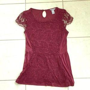 H&M burgundy lace peplum top